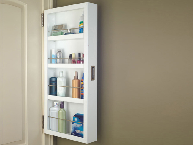 Organizador Armario Baño:Aprovecha el espacio en el baño con un armario colgado en la puerta