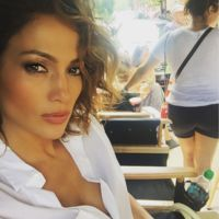 Jennifer Lopez sigue metiendo tijera a la melena