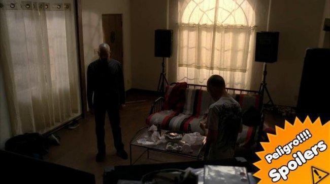 Imagen de Walter White y Jesse Pinkman en el episodio 5x08 de 'Breaking Bad'