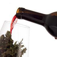 Cannawine: el vino cannábico español que sortea leyes y busca su hueco en el mercado