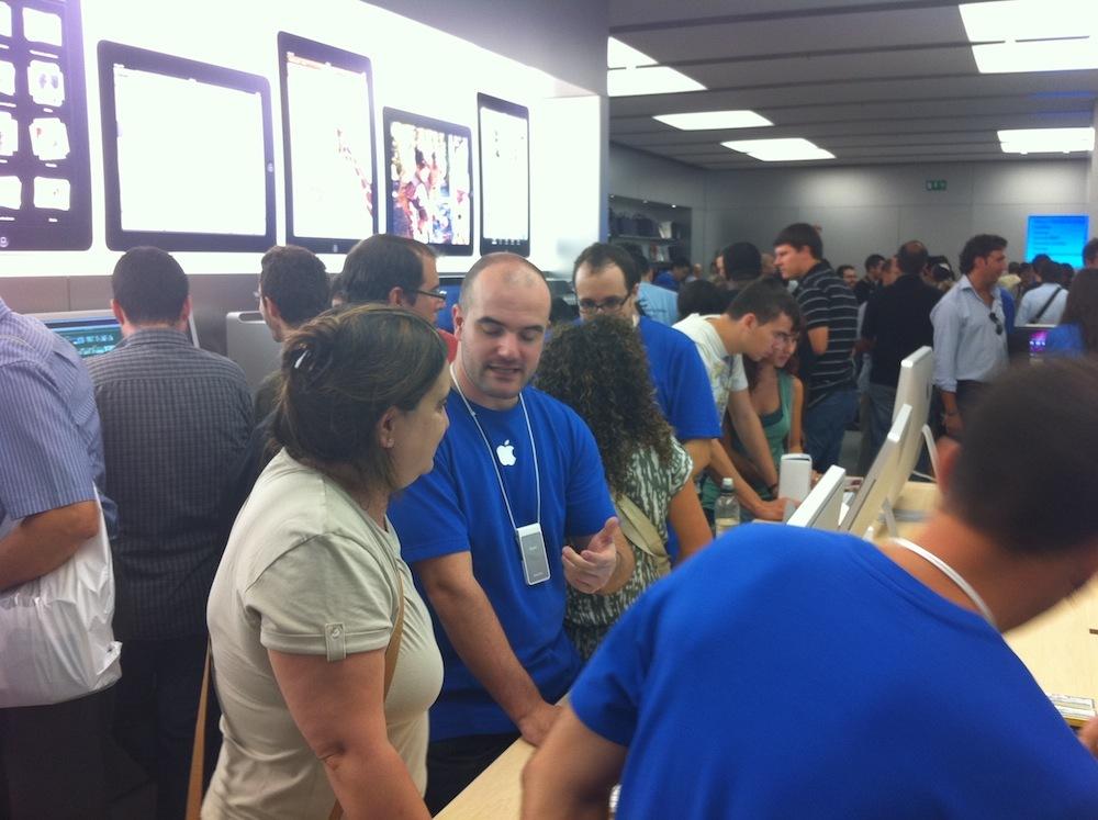 Foto de Inauguración Apple Store La Maquinista (66/93)