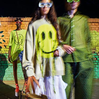 Loewe nos hará sonreír (y soñar) a todas horas con su nueva colección Paula's Ibiza