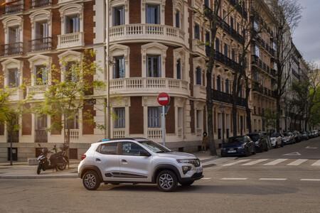 Renault y Dacia limitados de fábrica a 180 km/h