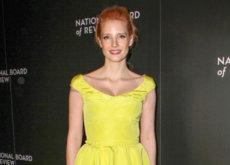 5 celebrities que saben llevar los colores flúor