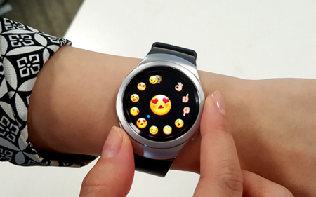 Smartwatch Wearable Emojis