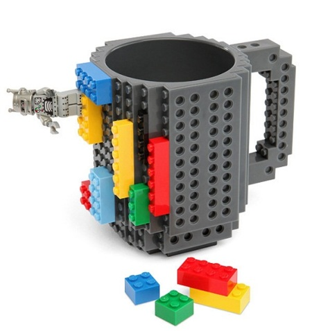 Build-On Brick Mug, la taza a la que le agregas piezas