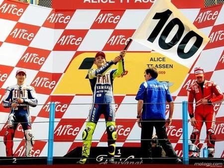 Rossi llega a las 100 victorias en Assen 2009