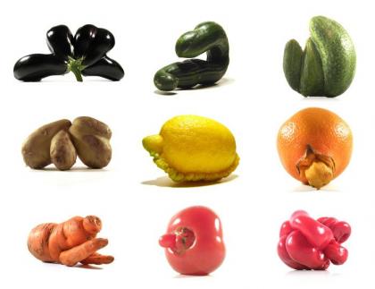 Una colección de vegetales y frutas extraños