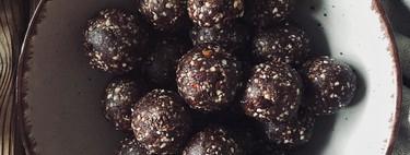 Bolitas energéticas de chocolate y aguacate: el snack más saludable y saciante