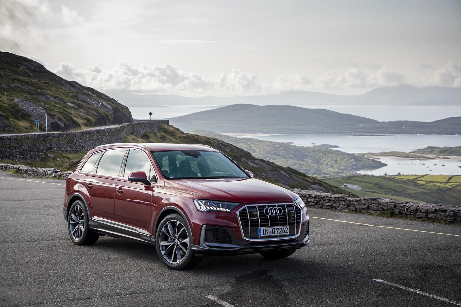 Foto de Audi Q7 2021 (11/30)
