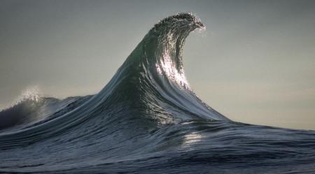 Siete minutos de olas infinitas e hipnotizantes que han sido creadas a partir de solo siete fotos