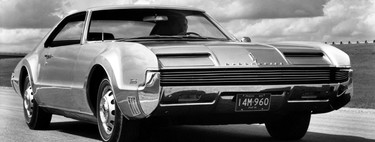 Nueve coches tan feos que no les guiñaría el ojo ni un francotirador