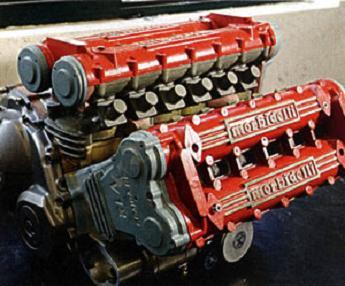 Morbidelli V12, un motor para una... CBR 600
