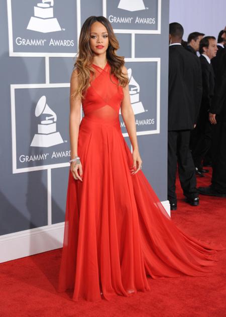 Rihanna Grammy 2013
