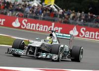 Silverstone puso a sudar a Pirelli