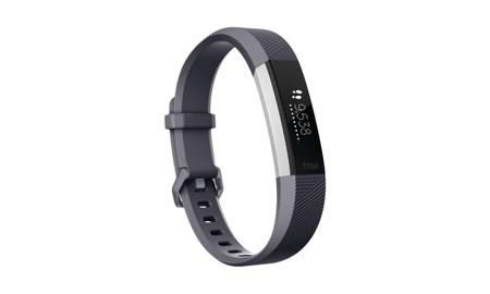 Más barata todavía, en la liquidación de stocks de MediaMarkt, tenemos la Fitbit Alta HR por sólo 99 euros