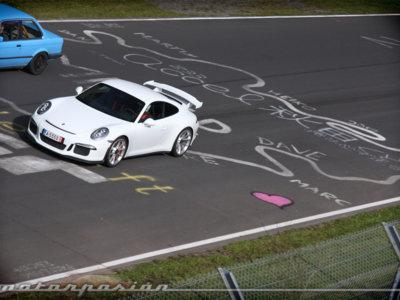 Sueñas con ir a Nürburgring y lo sabemos. Aquí sigue nuestra guía para principiantes (parte 2)