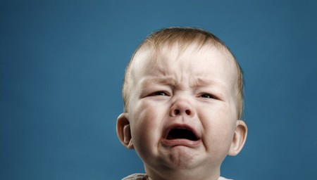 Este dispositivo te informa si un bebé llora porque le duele algo