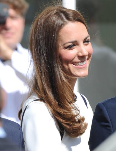 La realeza también se enamora del blanco. Kate Middleton no se pierde una