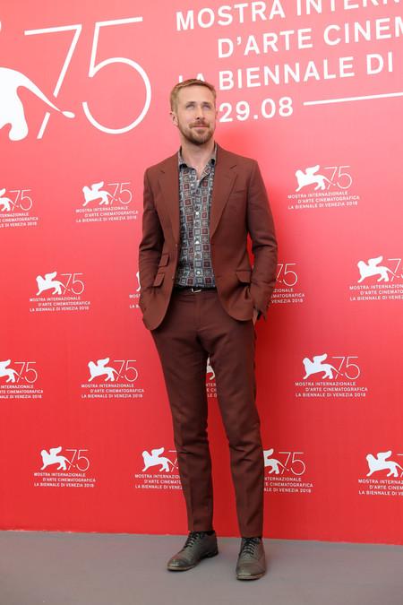 Ryan Gosling Se Adentra Al Otono Con Su Look En La Premiere De First Man En Venecia 3