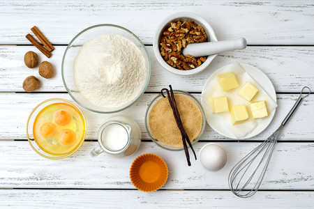 Más allá de la fecha de caducidad: cuánto duran en buen estado harinas, levaduras, azúcar y otros ingredientes de repostería
