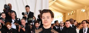Al mero estilo de Harry Styles en la MET Gala, ASOS nos ofrece su icónica camisa transparente para llevar un look de alfombra roja