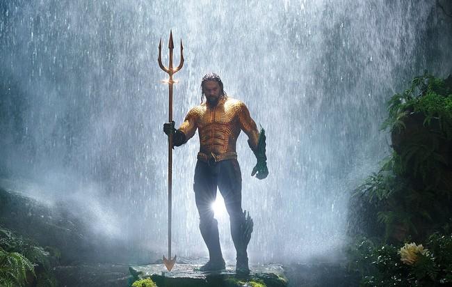'Aquaman' se lo juega todo: nuevo y loquísimo tráiler de CINCO MINUTOS cargado de acción para convencer a los escépticos