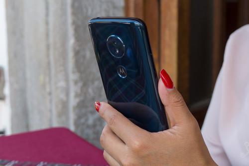 Motorola Moto G6 Play, análisis: la gama media-baja no siempre debe tener un diseño genérico
