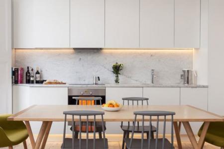 Descubre cómo es el interior de una casa londinense totalmente reformada