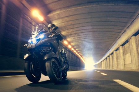 El Yamaha Tricity 300 aterriza para conquistar a los conductores del carnet de coche con 27,6 CV