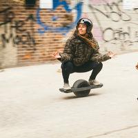 OneWheel Pint: los patinetes eléctricos tendrán un rival de una sola rueda y más fácil de montar