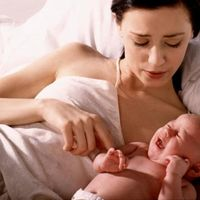 El llanto del bebé es un grito pidiendo ayuda (y su futuro dependerá de nuestra reacción)