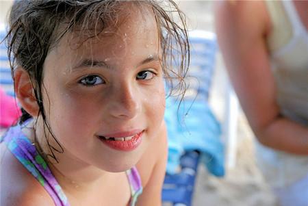 Las cremas con filtro solar inhiben la absorción de Vitamina D: ayuda a tus hijos a conseguirla en su beneficio