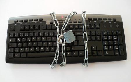 Así ponemos en riesgo cada día los sistemas y datos en nuestro puesto de trabajo