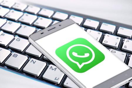 WhatsApp prepara un nuevo sistema multiplataforma para funcionar sin estar ligada a un solo smartphone, según WaBetaInfo