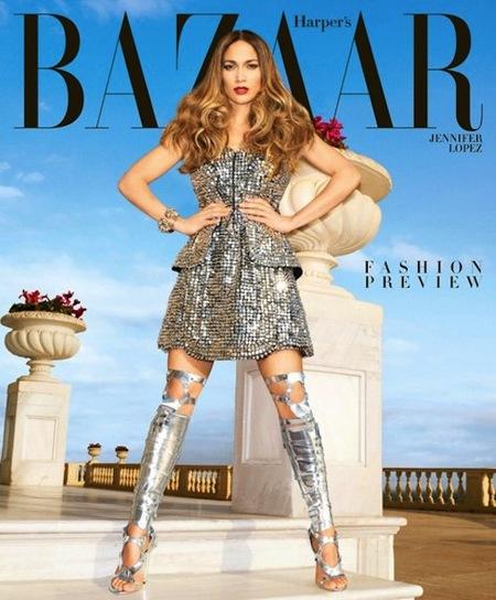 ¿Sin regalo de reyes? Marchando una de doble portada con Jennifer Lopez para Harper's Bazaar