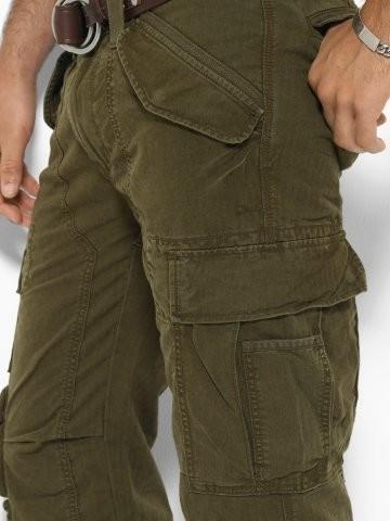 Pantalones Cargo, un esencial para esta primavera-verano