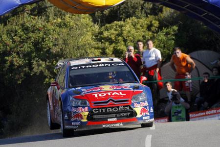 Loeb sigue intratable en Córcega: nueve de nueve
