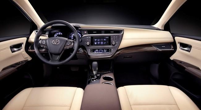 Mejores interiores según Ward's Auto 2013 - Toyota Avalon
