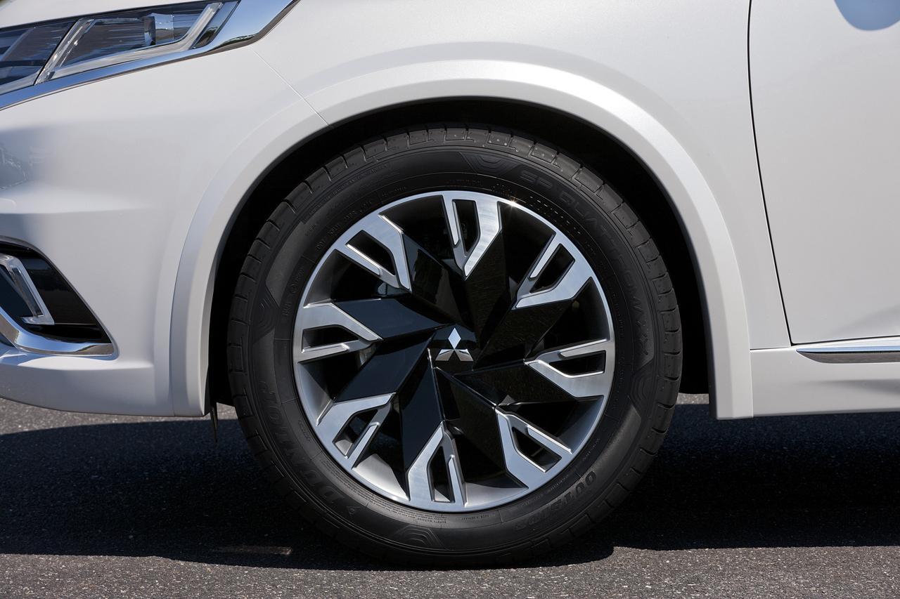 Foto de Mitsubishi Outlander PHEV Concept-S (21/49)