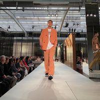 Burberry estrena una cara mucho más urbana con el debut de Riccardo Tisci en Londres