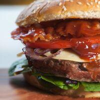 Burguer King traerá a México su hamburguesa hecha a base de plantas que parece, huele y sabe a carne