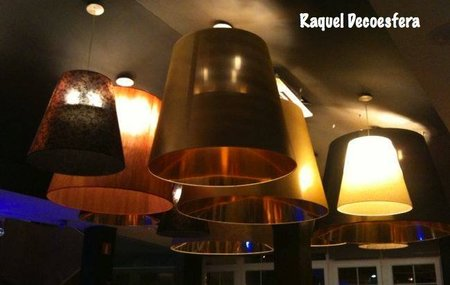 Hemos visto... un techo con muchas lámparas gigantes