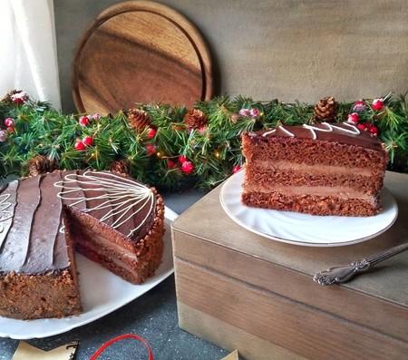 Nueve tartas de chocolate para Navidad  (y algunos trucos para decorarlas y que queden impresionantes)