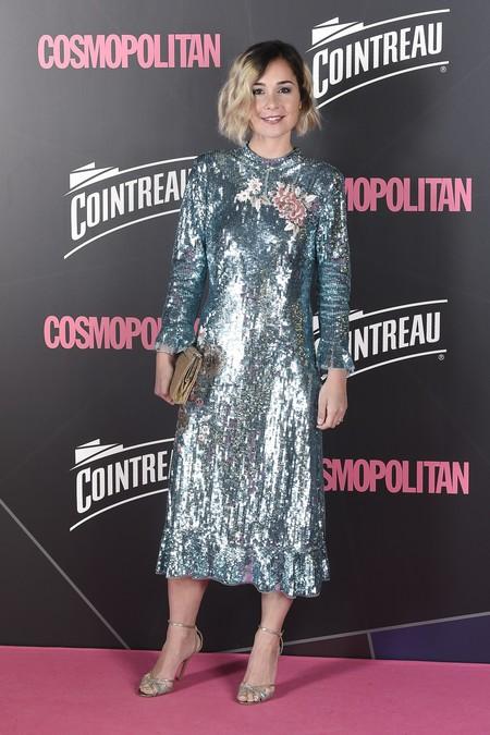 premios cosmopolitan 2017 alfombra roja look estilismo outfit Actriz Nadia De Santiago