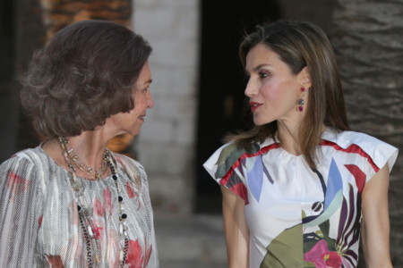Juan Vidal aterriza en el vestidor de la Reina Doña Letizia con motivo de la recepción en el Palacio de la Almudaina