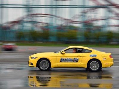 Ford celebra 15 años de su programa de educación vial Driving Skills For Life, mejorándolo