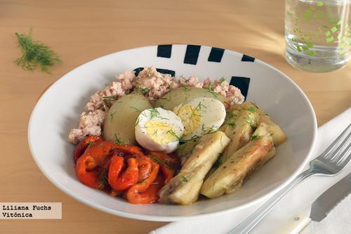 Ensalada templada de verduras asadas con aliño de naranja al hinojo. Receta saludable