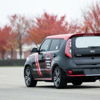 Kia pone fecha a la comercialización de coches autónomos, y no tardará demasiado en llegar