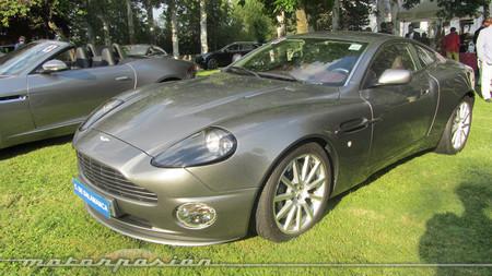 Aston Martin Vanquish. Bond, James Bond
